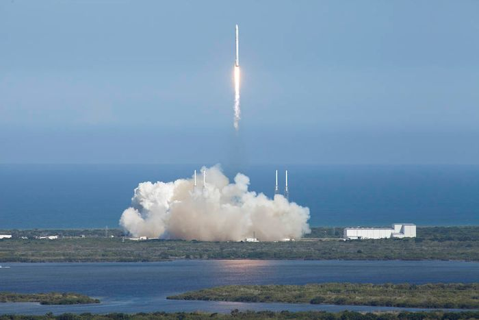 A Space X Falcon 9 rocket launched from Cape Canaveral yesterday hauling cargo and research projects to the ISS