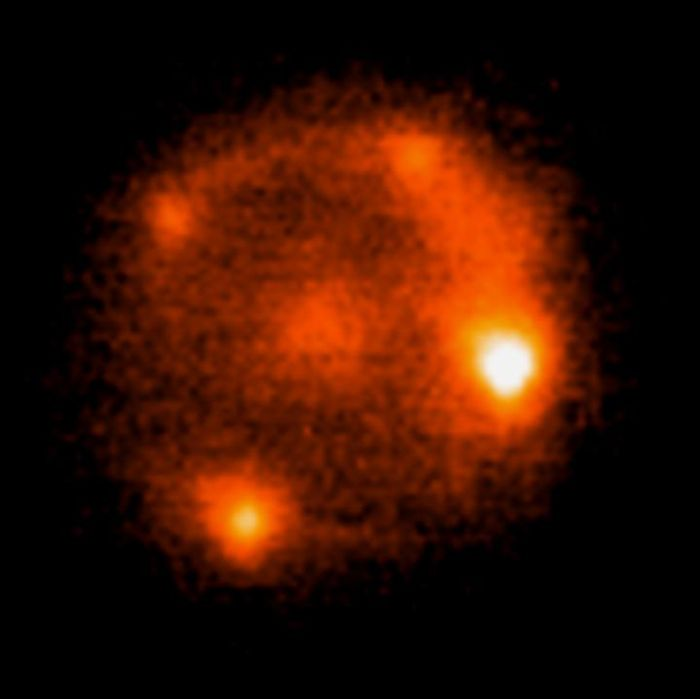 A supernova was seen in four different ways thanks to the gravitational lensing of a galaxy as it passed in front of it.