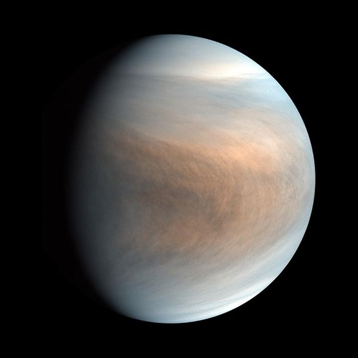 Synthesized false colour image of Venus, using 283-nm and 365-nm band images taken by the Venus Ultraviolet Imager (UVI). / Credit  JAXA / ISAS / Akatsuki Project Team