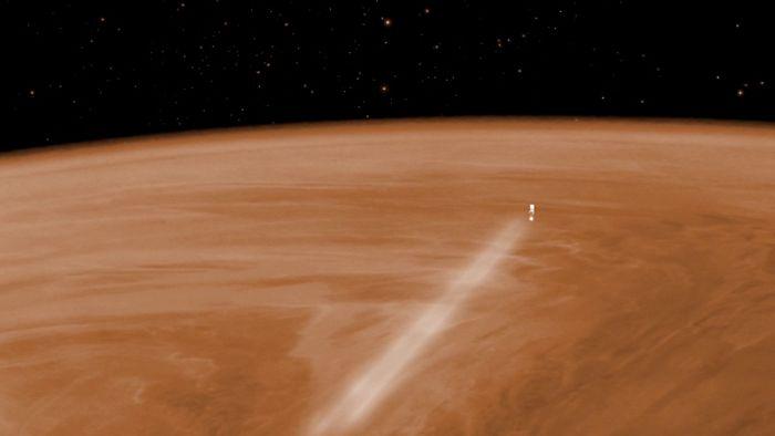 Venus Express plummets into the Venus atmosphere.