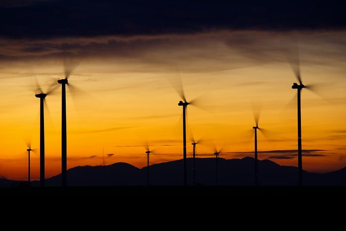 DC is among the 90 cities that have committed to 100% renewable energy. Photo: Pixabay