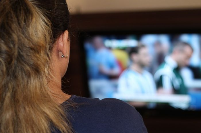 Binge watching can affect the brain