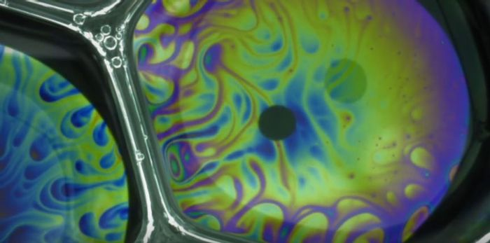 Dynamic Color Swirling in bubbles (Fuller Lab)