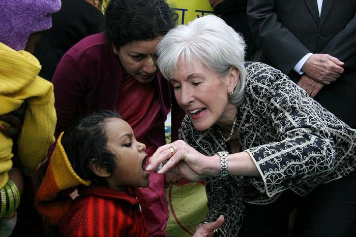 Oral polio vaccinations in New Delhi, India