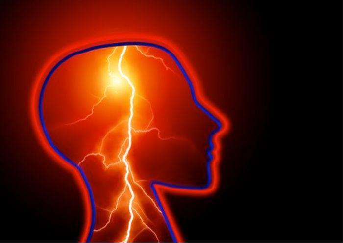 Tiny electronic implants monitor brain injury, then melt away
