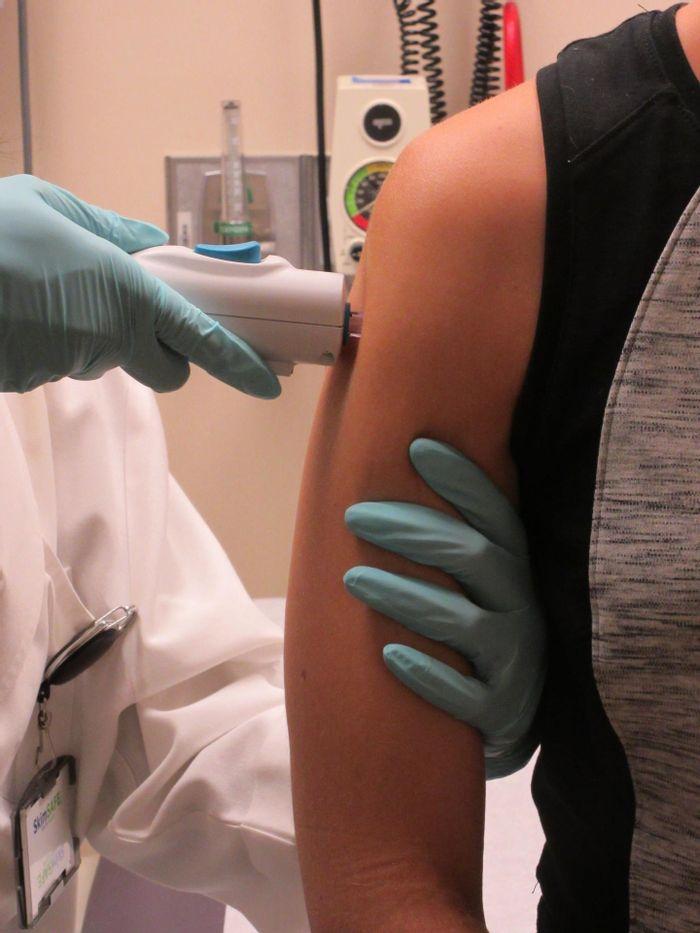 NIH begins testing Zika vaccine in humans | Image: NIAID