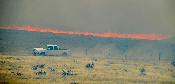 The Viewpoint Fire followed Highway 89A in Prescott Valley. Photo: Les Stukenberg/Courier