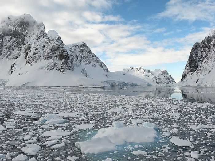 Is the calving of the Brunt Ice Shelf a result of climate change in Antarctica? Photo: Pixabay