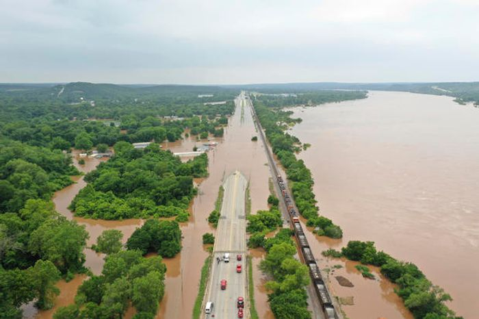 The Arkansas River flooding has affected thousands of homes. Photo: CBS News