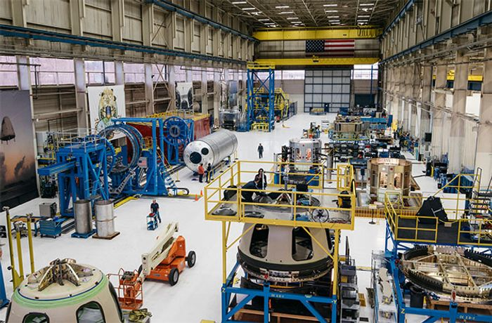 A rare first-time look inside of the Blue Origin headquarters, hosted by Jeff Bezos himself.