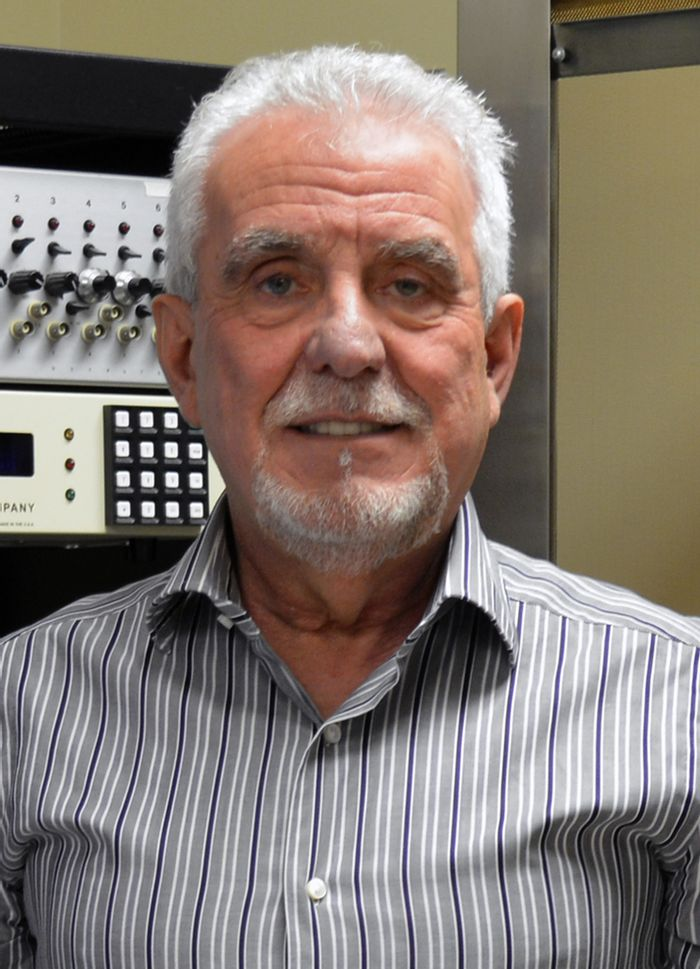 Walter Francesconi is an associate professor at The Scripps Research Institute.