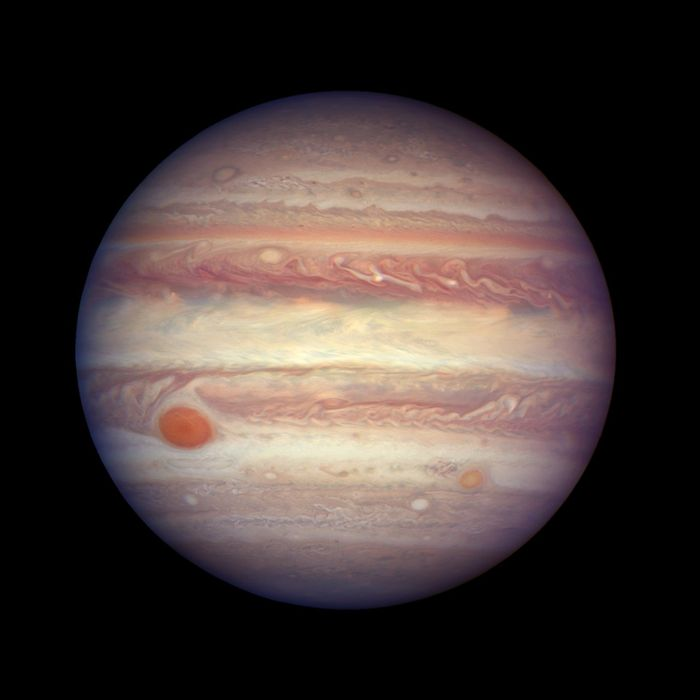 The jaw-dropping image of Jupiter that was captured by Hubble.