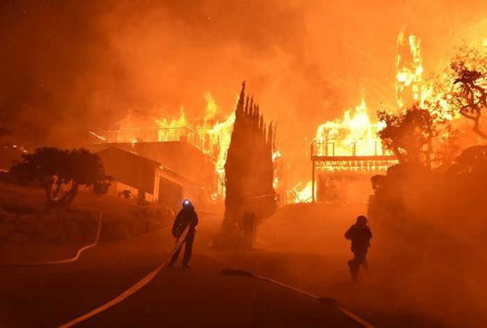 Roughly 4,000 firefighters are working to contain the Camp Fire. Photo: The New York Times