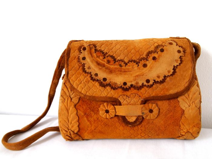 A purse made from mushrooms. Photo: MuSkin