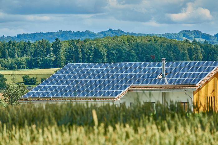 Perovskite solar cells are cheaper and more efficient. Photo: Pixabay